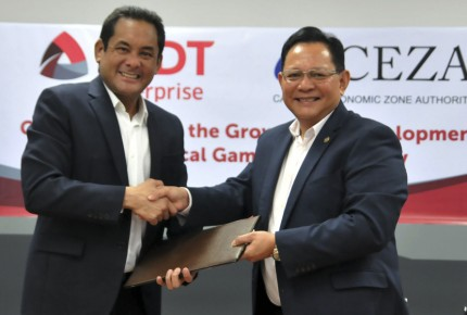 Sec. Raul Lambino, CEZA Administrator and CEO (right) shakes hand with Mr. Albert Mitchell Locsin, PLDT SME Nation First Vice President and Head during the ceremonial signing of partnership between CEZA and PLDT Inc. on September 25, 2018 at the CEZA Mandaluyong Office for the installation of fiber optic facilities in the CEZA jurisdiction. This marks the partnership of the two parties in the modernization of the iCT facilities in the area.